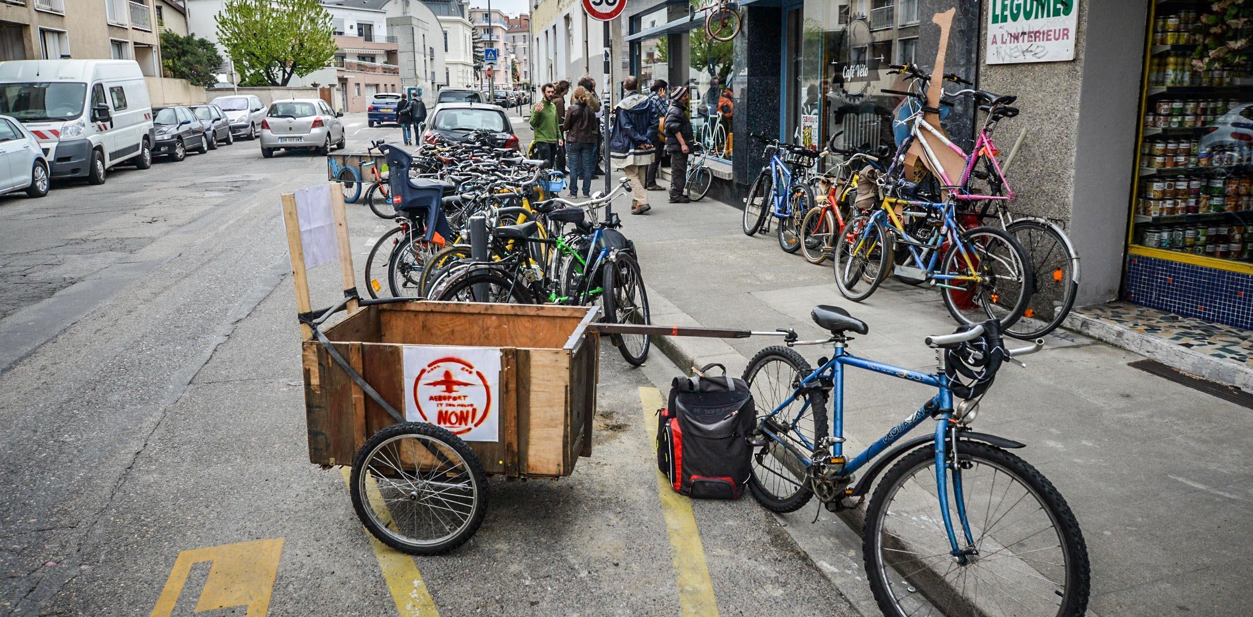 2014_04_Le-Petit-Vélo-dans-la-Tête-au-Café-Vélo_00008-e1397503658582